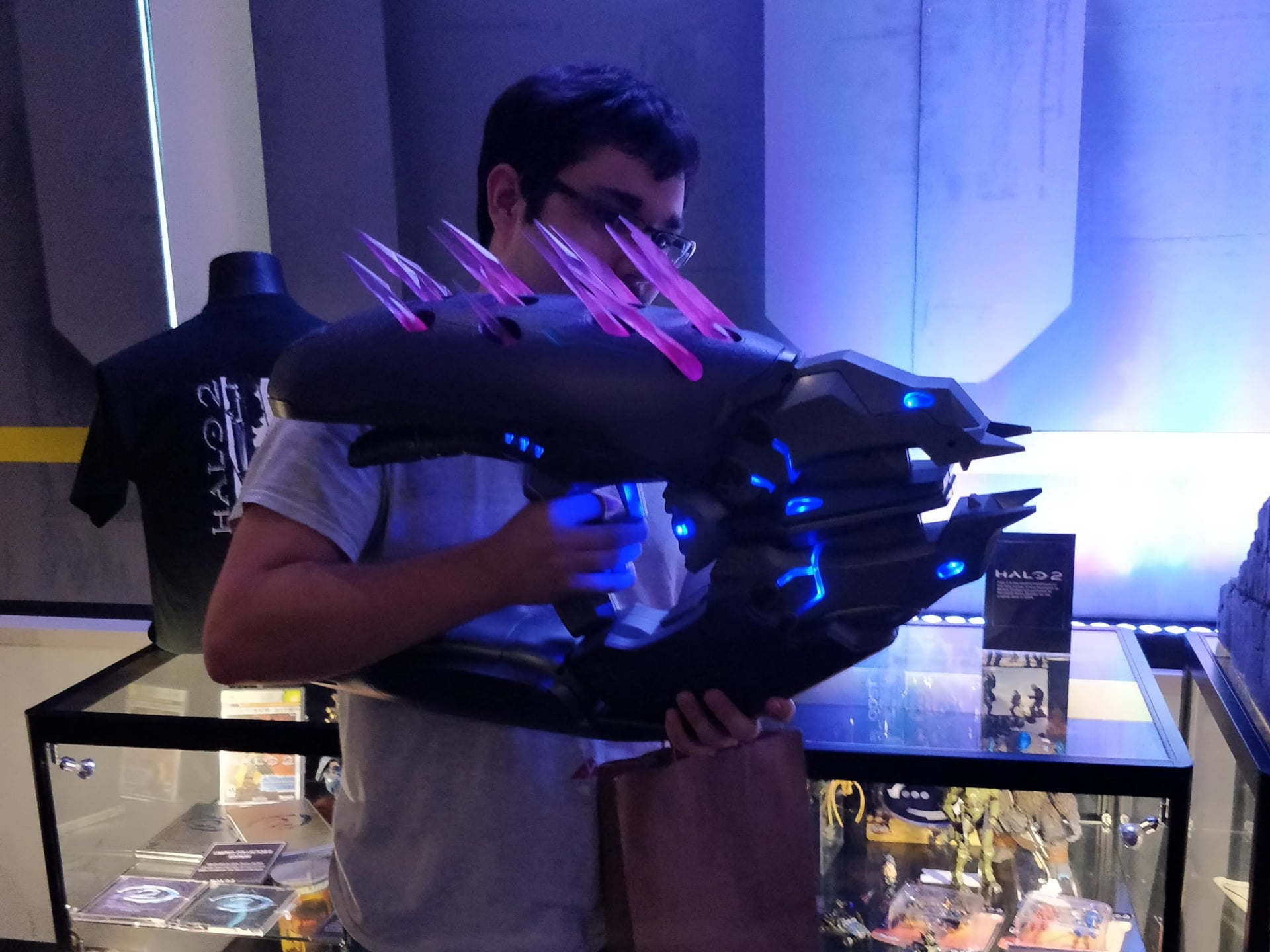 This Needler is 100% to scale
